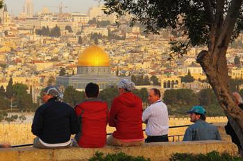 图一:站在橄榄山上远看耶路撒冷旧城不变