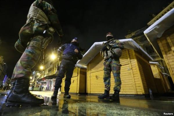 比利时军警在布鲁塞尔