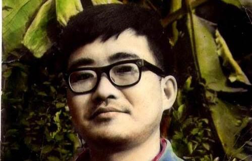 蔡楚 1971年在手植芭蕉树前