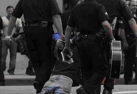 警察的任性