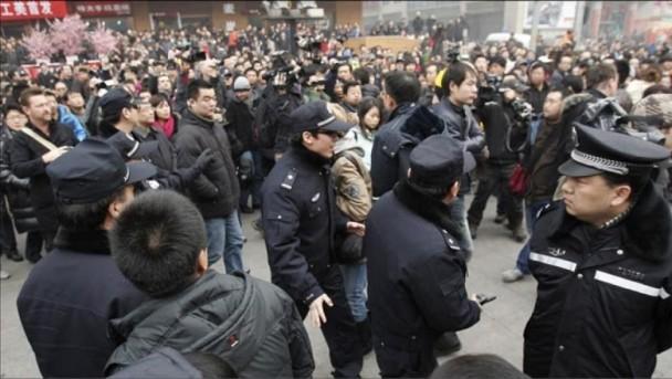 麻生晴一郎:在中国必须保持正视现实的乐观主义