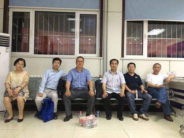 709案家属及律师被天津巿警方扣查,6名维权律师赶至挂甲寺派出所声援