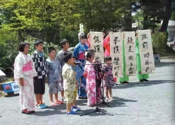 在日本关注中国民族问题的人,比关注中国民主化的人还多