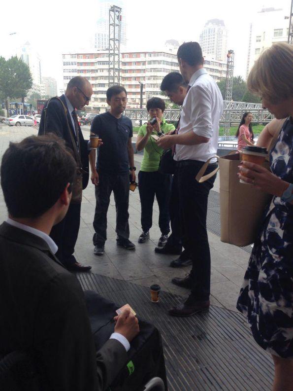 709大抓捕案:声援者、外交官到天津法院,疑未开庭4