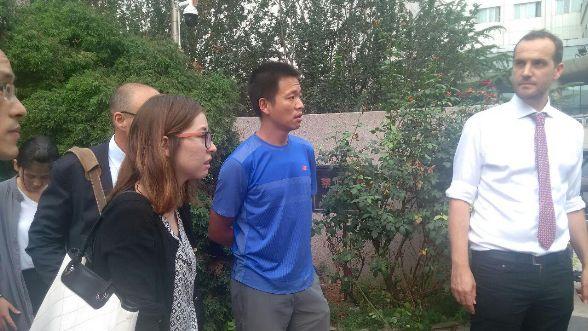 709大抓捕案:声援者、外交官到天津法院,疑未开庭5