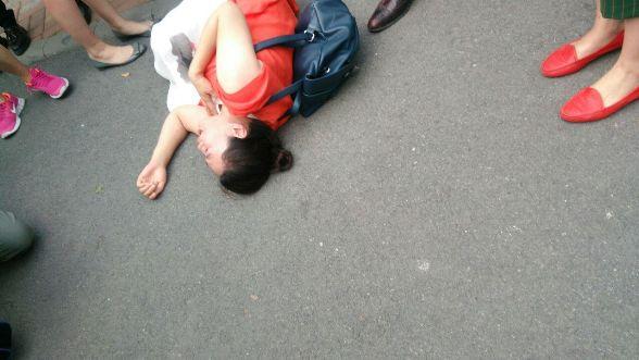709大抓捕案:声援者、外交官到天津法院,疑未开庭6