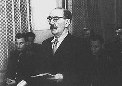 纳吉被判死刑后的最后陈词,鄙视懦弱和卑鄙的法庭,坚信总有一天历史会作出公正的裁决