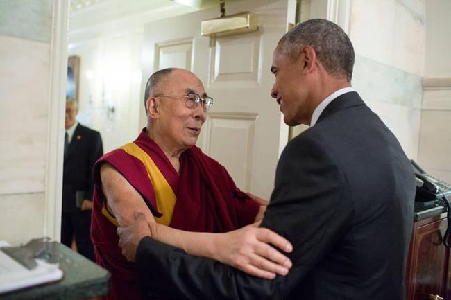 现任美国总统奥巴马在白宫会见达赖喇嘛