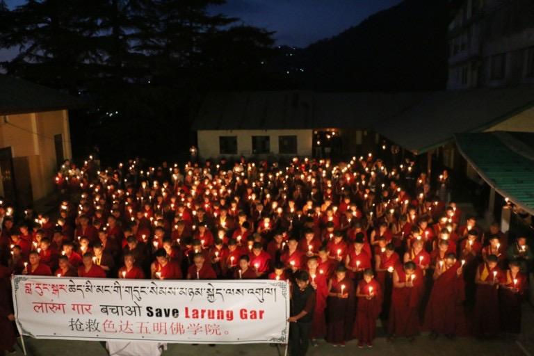 达兰萨拉烛光游行-西藏
