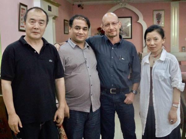 从左至右,王力雄、伊力哈木·土赫提、埃利亚特·史伯岭、茨仁唯色