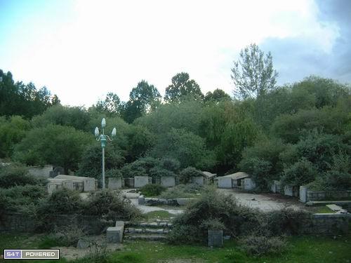 图1:拉萨红卫兵墓地