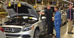 坐落在美国Alabama生产奔驰牌C系列汽车的工厂