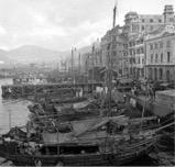 当年珠江河面常见帆撸木船