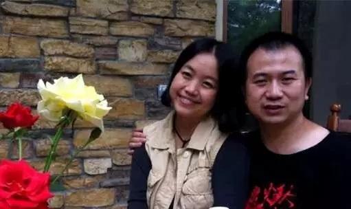 李英强和妻子