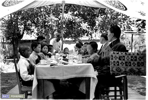1940年代去西藏的西方人拍摄的照片6