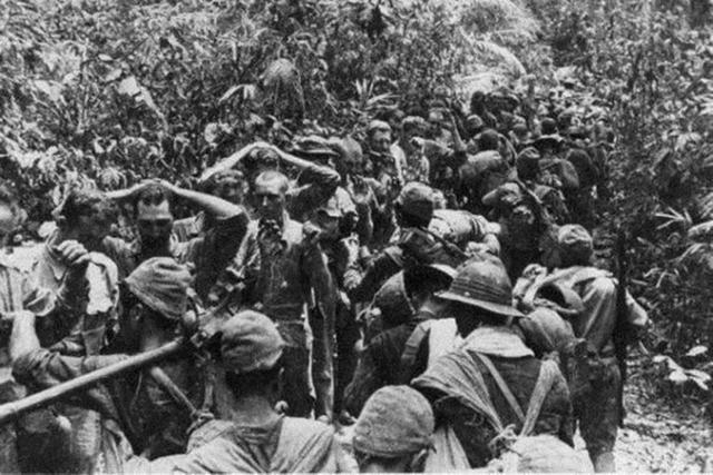 菲律宾巴丹半岛七万被围美菲联军投降,主要原因之一是疟疾爆发