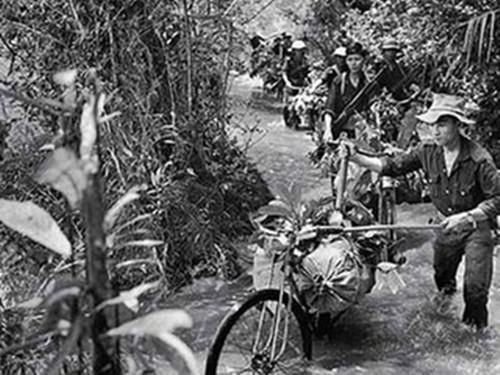 """越战期间,""""胡志明小道""""聚集大量人员,导致疟疾爆发"""