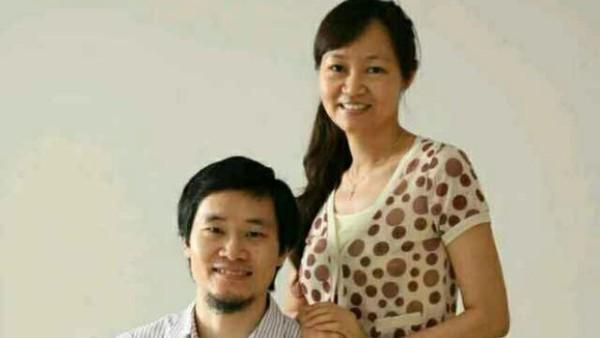 唐荆陵夫妇