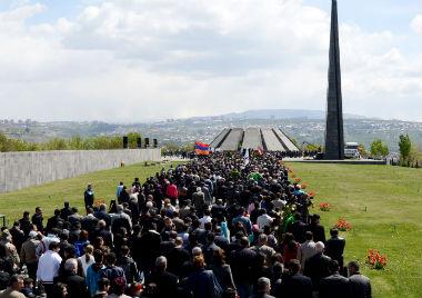 座落在亚美尼亚首都的大屠杀纪念碑