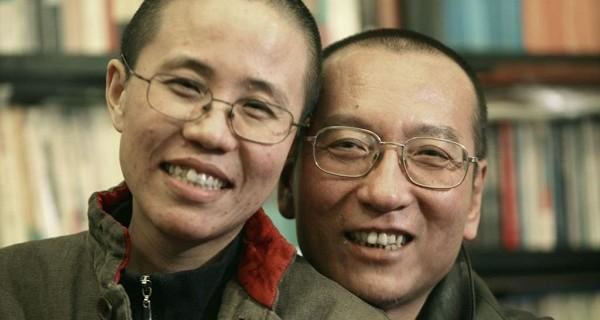 刘晓波生前与妻子刘霞旧照