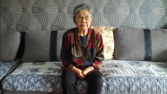 黄琦母亲蒲文清
