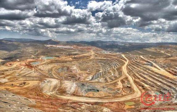 秘鲁卡哈马卡露天金矿