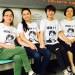 2017年9月20日,律师王全璋的妻子李文足与709家属到看守所声援丈夫。(709家属提供)