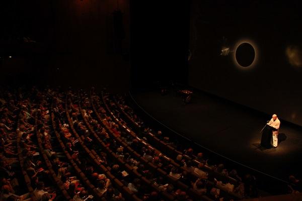 2012年柏林文学节开幕式,主题嘉宾廖亦武致辞
