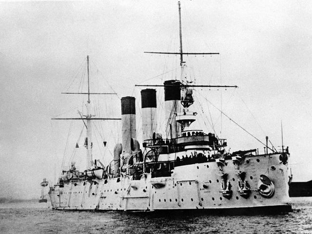 十月革命时芙蓉号舰打响军事政变信号弹