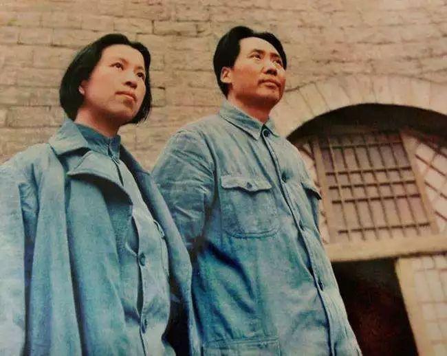 延安时期的江青与毛泽东