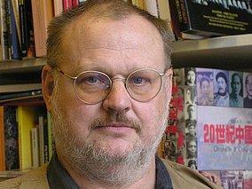 Dr. Helmut Opletal(欧普雷博士)