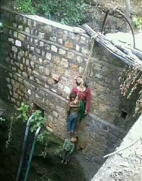 母子三人上吊自杀