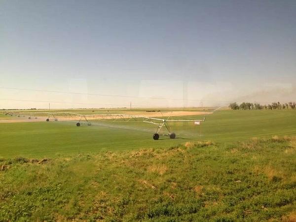 科罗拉多州的灌溉车