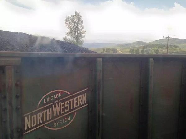 第N次和运煤的火车会车
