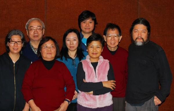 沙叶新的《江青和她的丈夫们》,及《邓丽君》在香港演出,两次香港笔会的会员都去参加。3