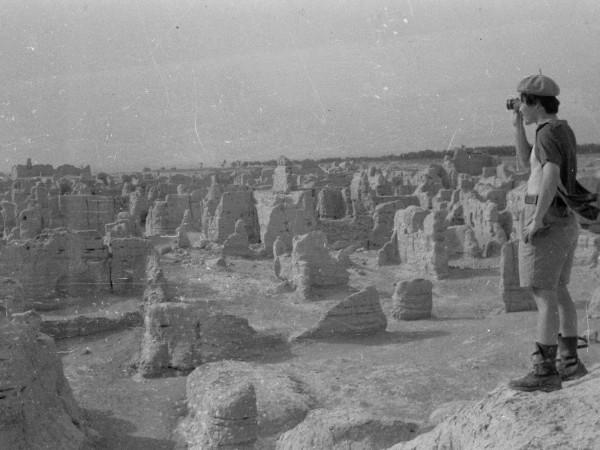 王力雄-1981年新疆交河故城