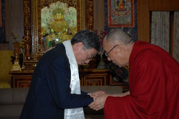 胡平拜会达赖喇嘛