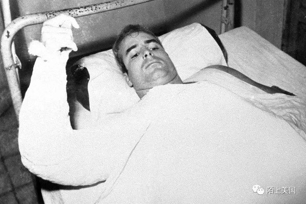 越战中被囚禁的麦凯恩