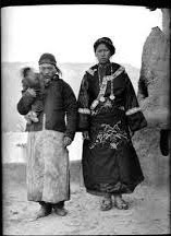 1911年巴塘汉藏通婚的家庭